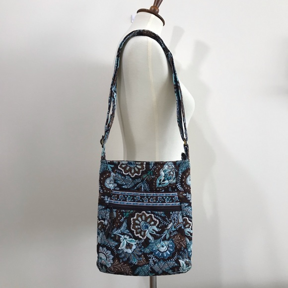 eade28436d Vera Bradley Java Blue Hipster Bag. M 5c44ea2a7386bcb99cb605db